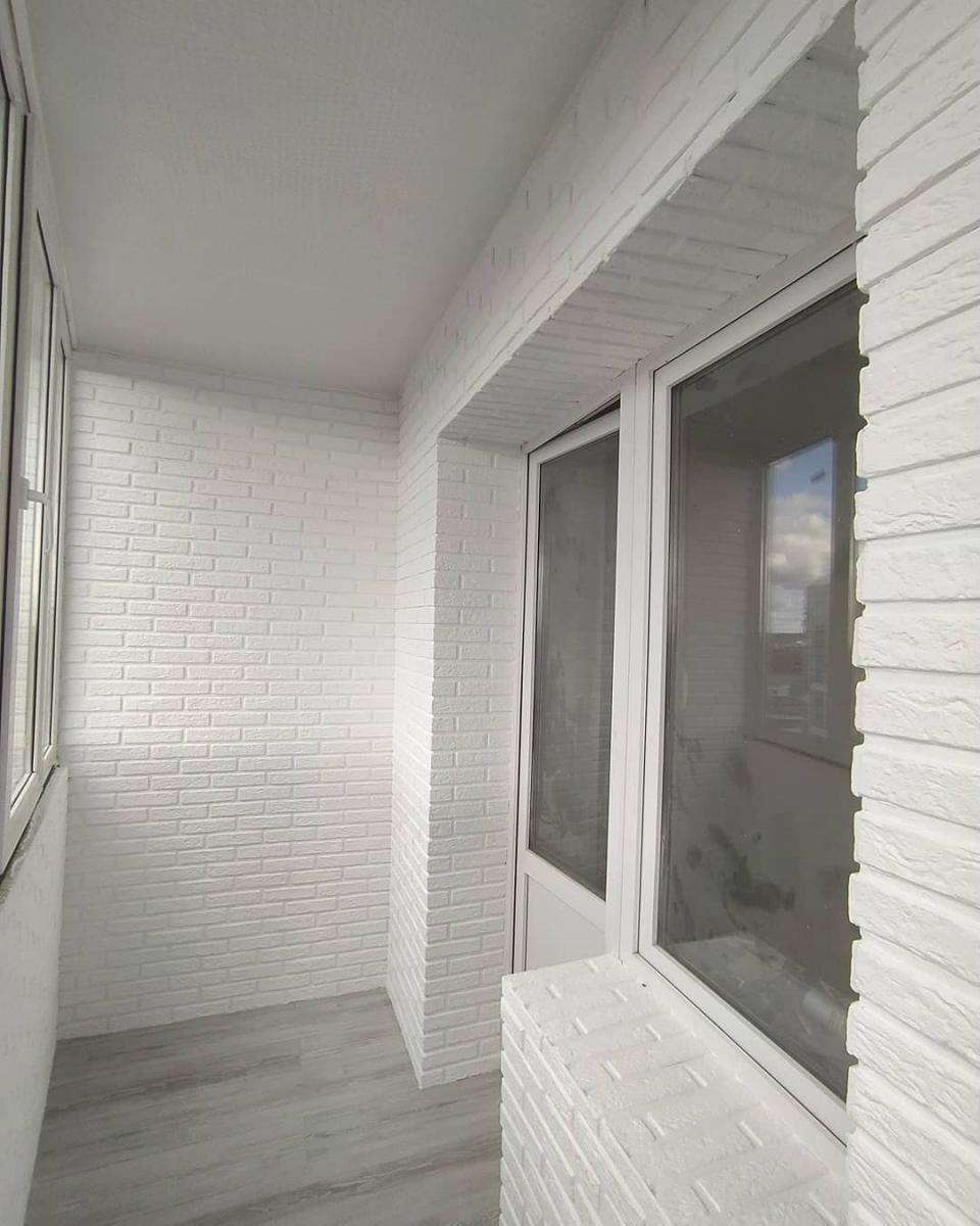 Внутренняя отделка балкона 2